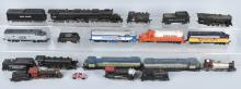 LARGE LOT OF HO ENGINES