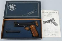 SMITH & WESSON 52-2, .38 PISTOL, BOXED