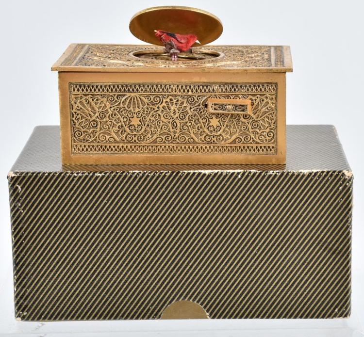 GERMAN WINDUP MUSICAL BIRD BOX