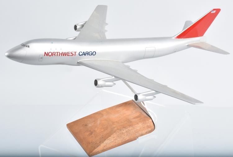 NORTHWEST CARGO AIRPLANE PROMO DESK MODEL
