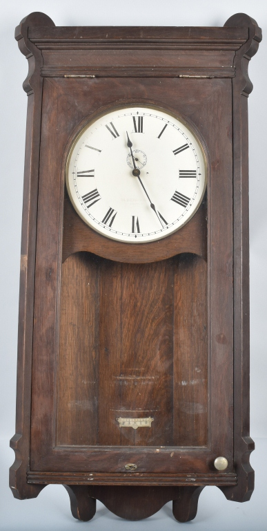 LARGE OAK ELECTRO CLOCK CO. WALL CLOCK
