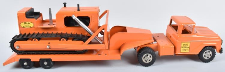 1961 TONKA HI-WAY LOW BOY TRUCK & BULL DOZER