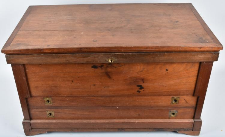 ANTIQUE WOOD CARPENTERS 2 DRAWER TOOL BOX