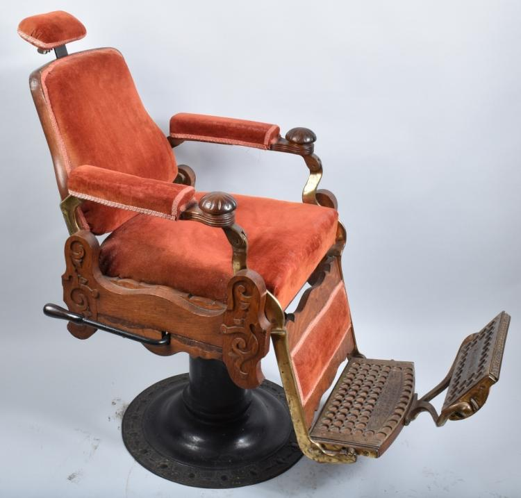 ANTIQUE BERINGHAUS HERCULES BARBER CHAIR