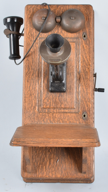 ANTIQUE WESTERN ELECTRIC KELLOGG OAK WALL PHONE