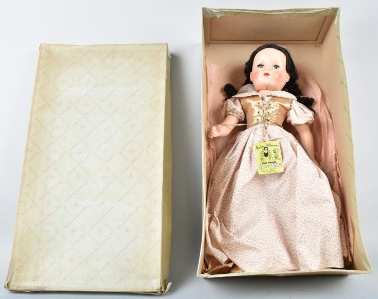 MADAME ALEXANDER SNOW WHITE DOLL, BOXED, VINTAGE