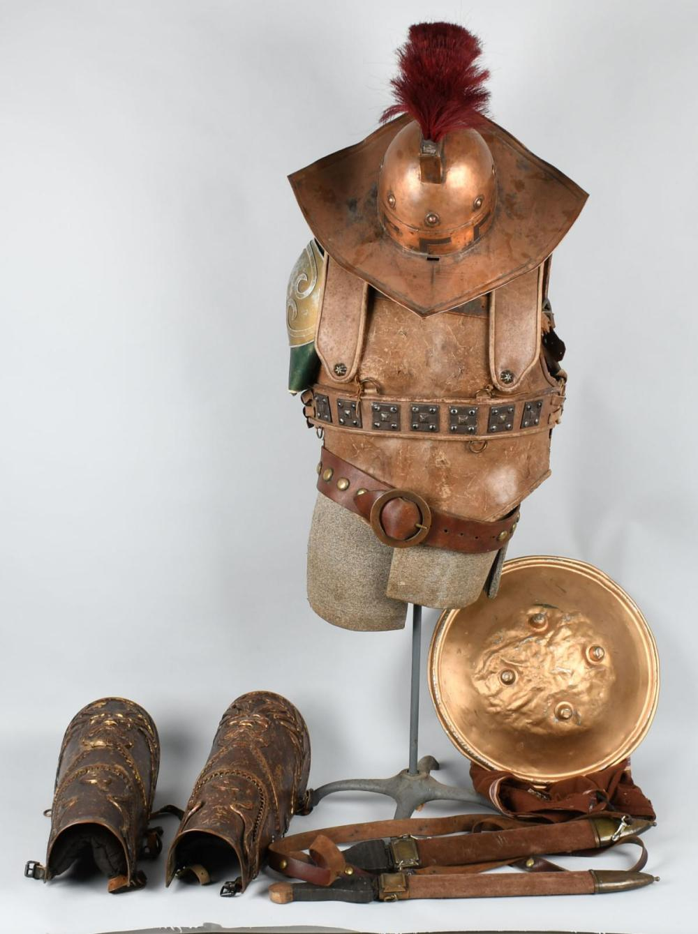 1953 THE ROBE ROMAN SOLDIER OUTFIT MOVIE PROP
