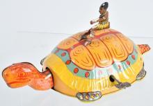 CHEIN Tin Windup NATIVE ON TURTLE