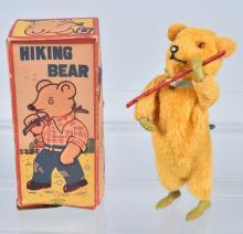 JAPAN Windup HIKING BEAR w/BOX