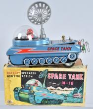 JAPAN Battery Op SPACE TANK M-18 w/BOX