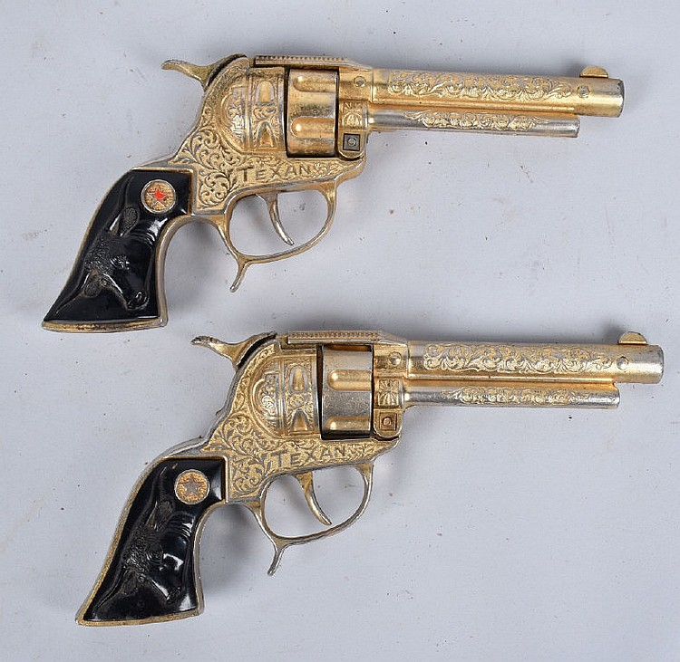 2- GOLD PLATED TEXAN CAP GUNS w/ HOLSTER