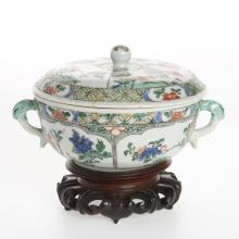 Chinese famille verte porcelain bowl and cover