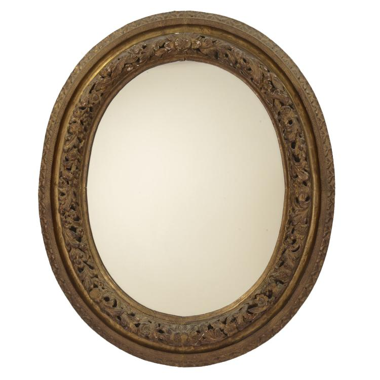 Continental Rococo giltwood oval wall mirror