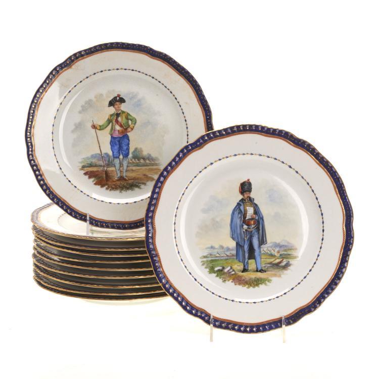 Set (12) Regimental porcelain dinner plates