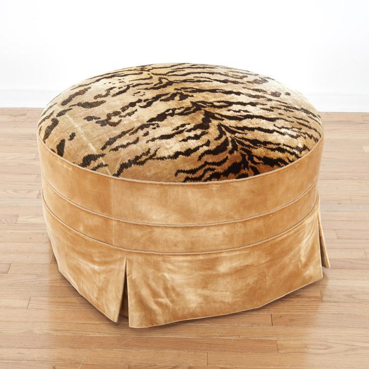 Nice Le Manach silk velvet upholstered pouf