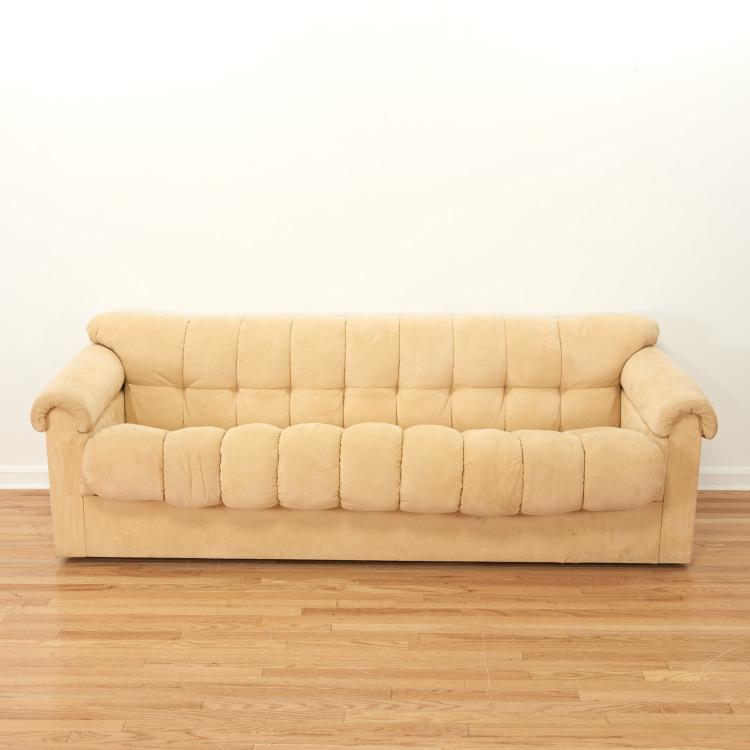 Designer de Sede style tufted microsuede sofa