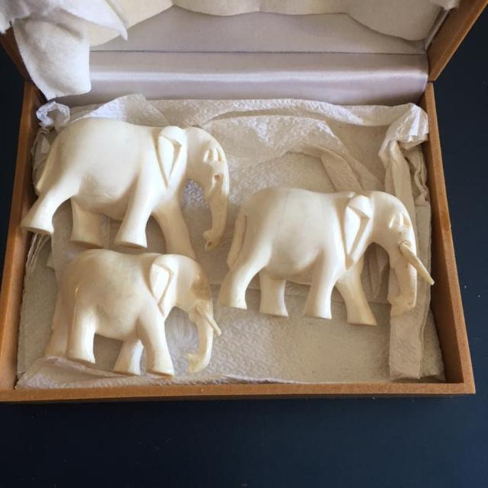 Set Of 3 Fine Carved Antique Bone Elephants Family