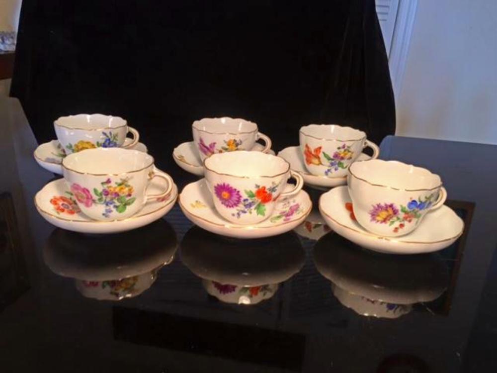 Set for 6 MEISSEN Porcelain Tea Cups & Saucers
