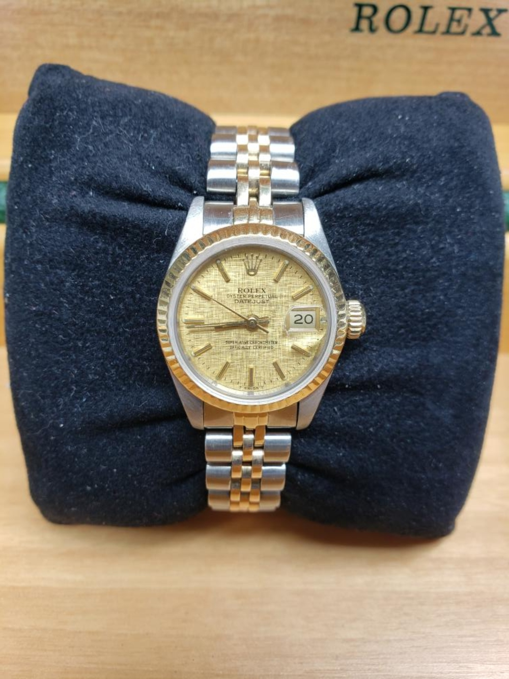 Lot 65: Ladies Rolex Datejust Rare Linen Dial Two-Tone Gold & St. Jubilee Band Watch