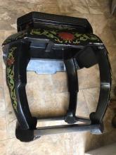 Lot 38: Antique Chinese Coromandel lacquer taboret stool
