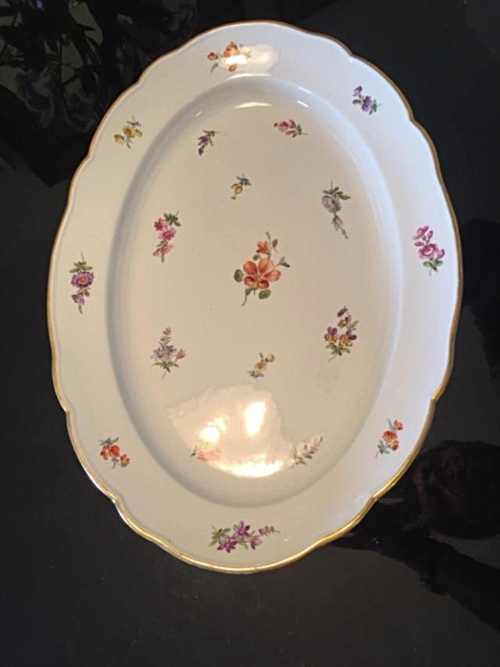 Lot 35: Large Antique MEISSEN Serving Tray Platter Dish Plate