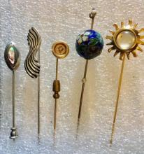 Lot 115: Set of 5 Vintage Pins