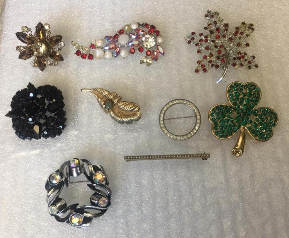 Set of 9 Vintage Brooches
