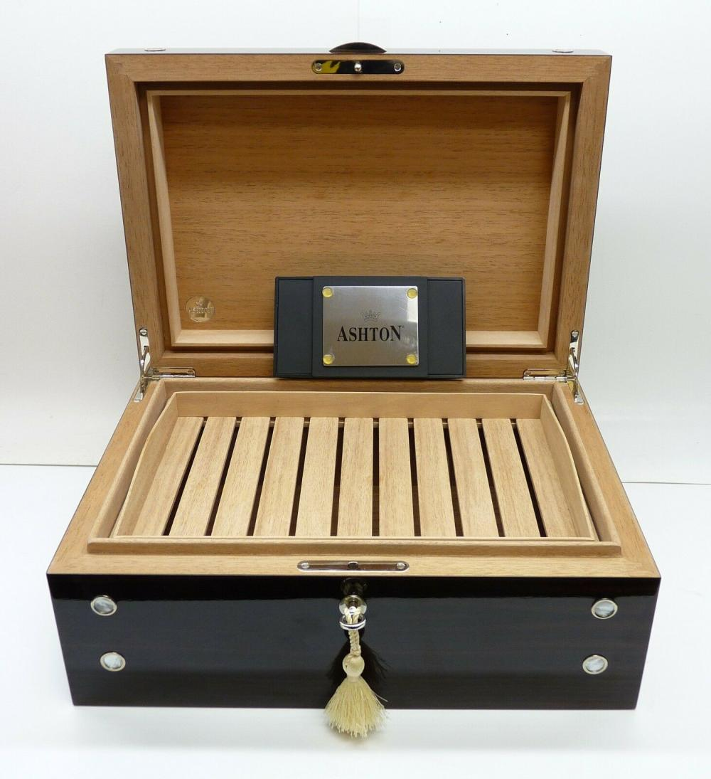Ashton Iron Wood Savoy Executive Cigar Humidor Case 50CT