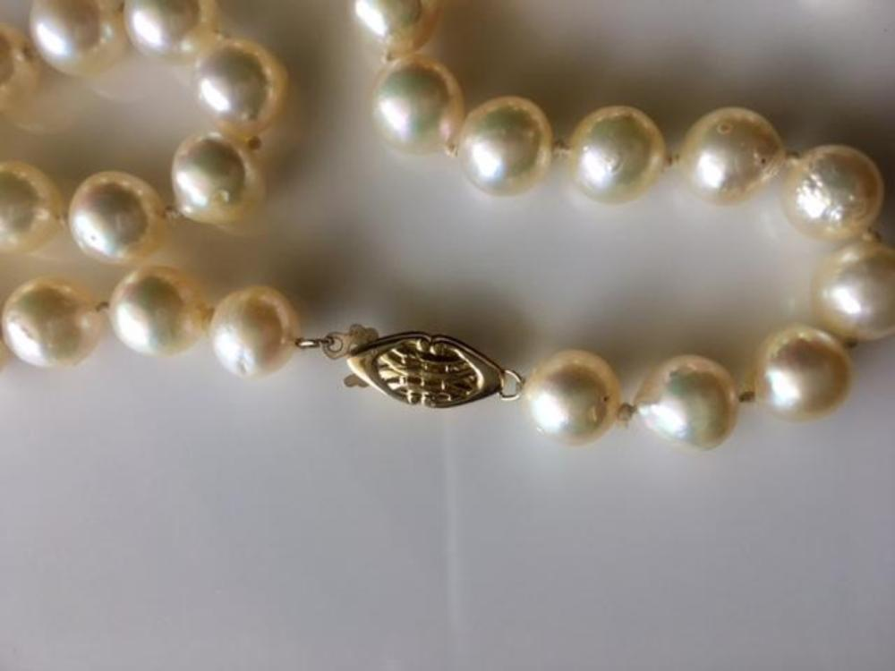 """Lot 134: Pearl 14K Gold Strand Necklace 38"""""""