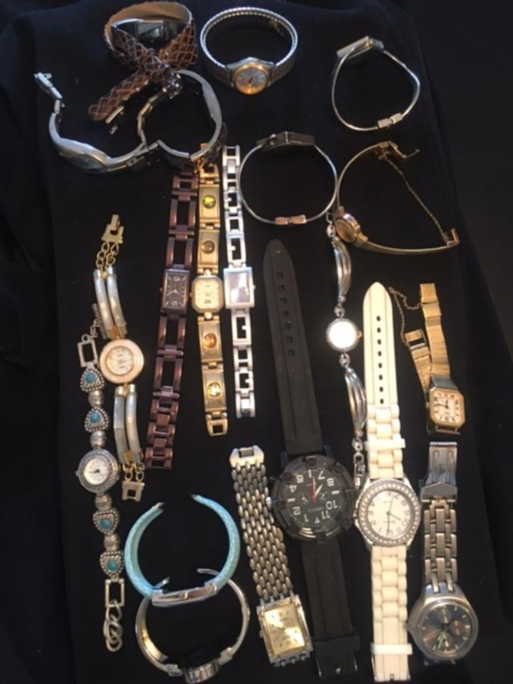 Lot 162: Group of 20 Assorted Men's and Women Watches