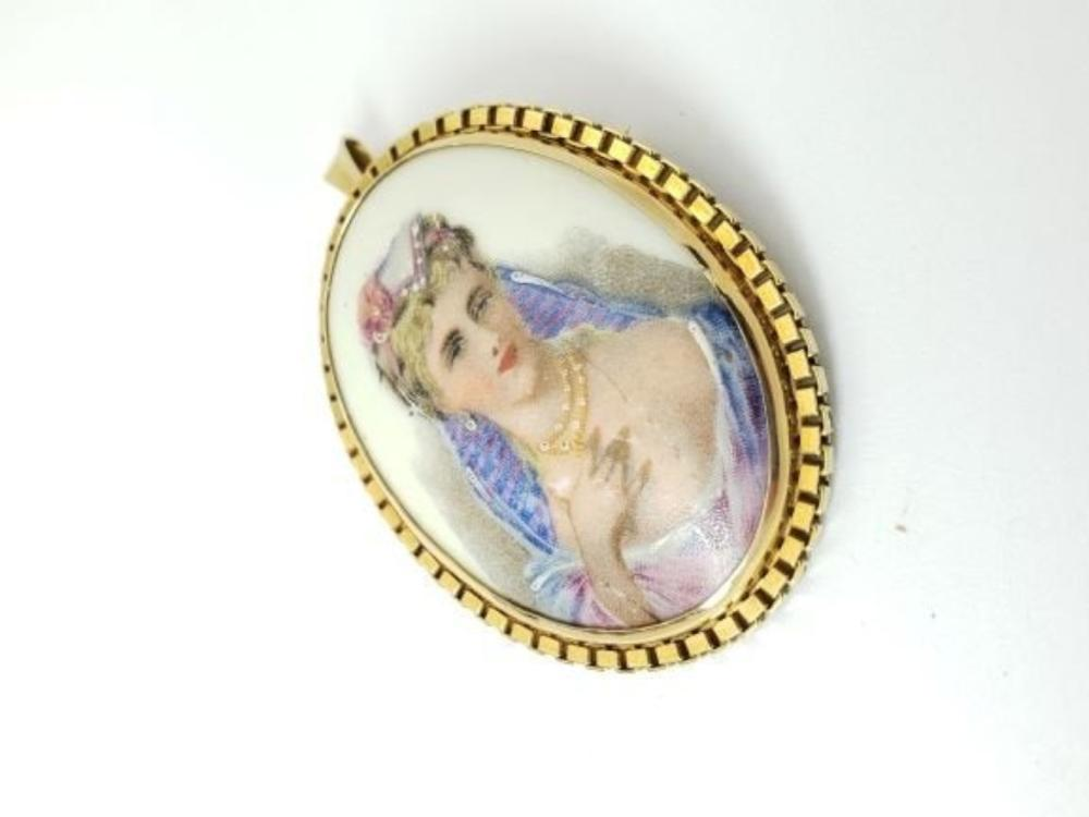 "Lot 191: LIMOGE France 14k Gold Pendant Porcelain 2 1/2"" Brooch"