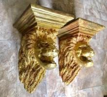 Lot 93: Pair of Large Vintage Lion Head Gilt Carved Wood Wall Sconces