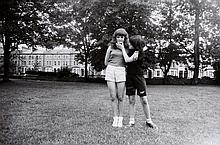 Gillian WEARING (née en 1963)   Kelly and Melanie, 1997