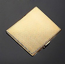 Porta sigarette in oro giallo 18 kt, Ventrella