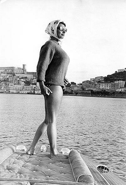 Pierluigi Praturlon (1924-1999) Sophia Loren, Gaeta, 1960