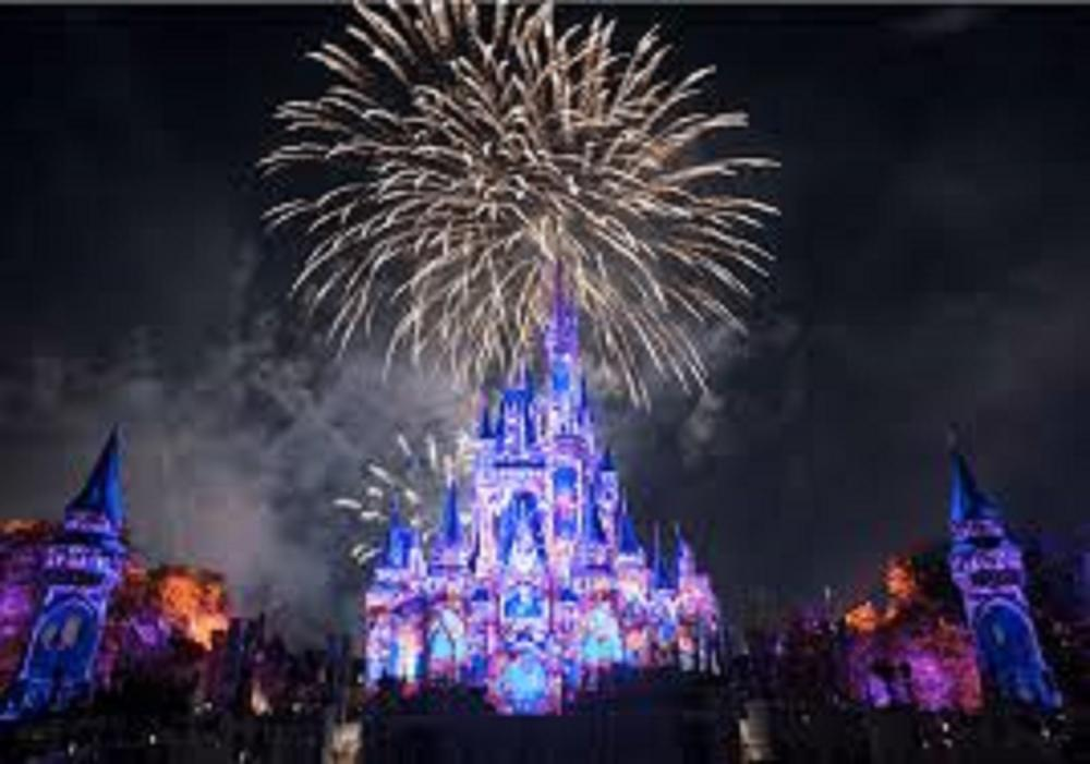 Disney:  Stay November 2 - 9, 2019 in a 3 bedroom condo 1 mile from Walt Disney World Plus $250 Disney gift card and $250 Visa gift card