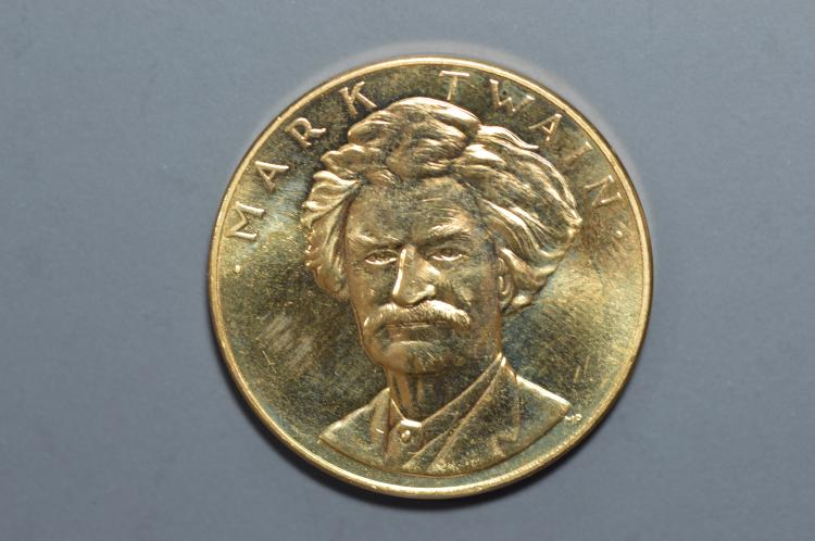Gold 1981 U.S. Mint Art Medallion. Mark Twain (1.000 oz AGW). Gem BU