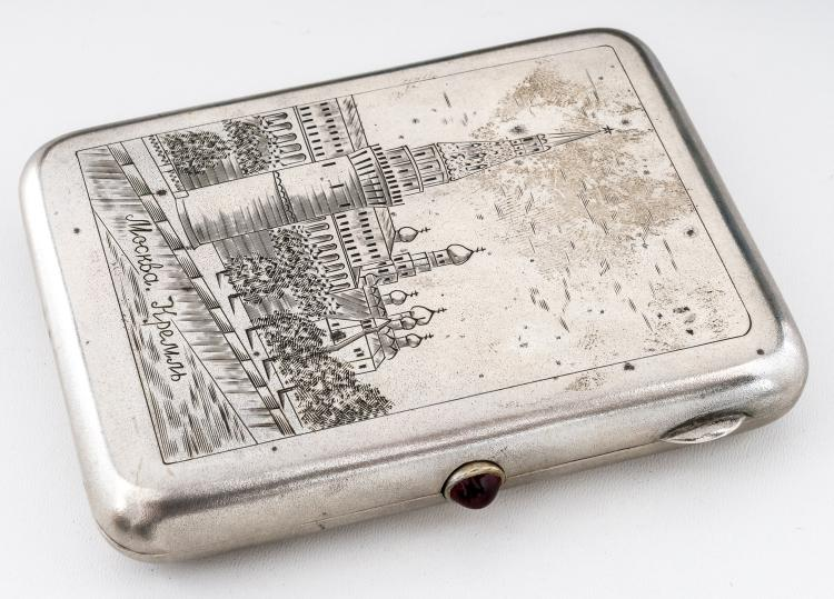 Cigarette-case with the Moscow Kremlin