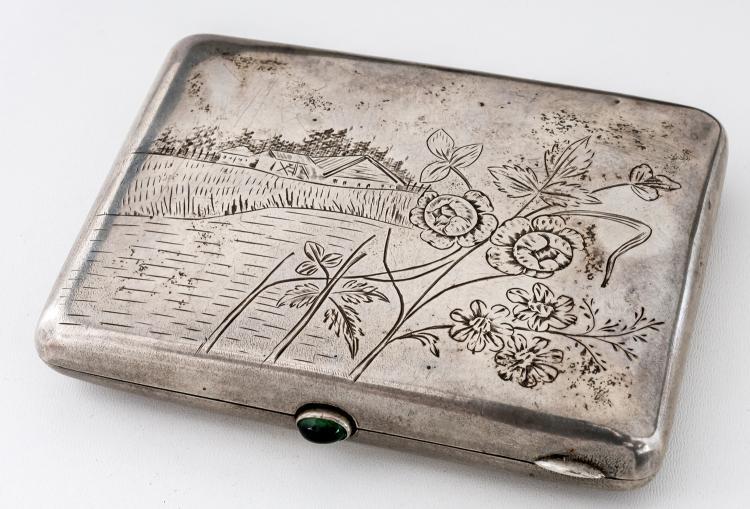 Cigarette-case with floral decor