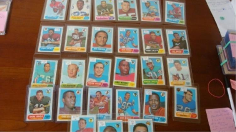 1968 TOPPS (27) Football Cards w Little, Hayes EXN