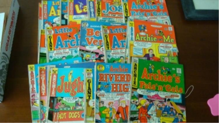 Archie Comic (22) Various Years