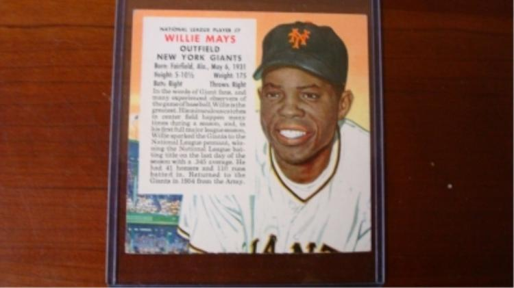 1955 Red Man w/out Tab Willie Mays VG Wrinkles