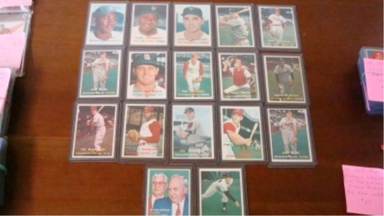 1957 TOPPS (17) National Leaguers EX+