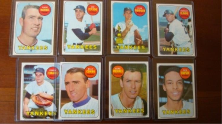 1969 TOPPS (8) Yankees Pepitone, McDaniel EX-M NM