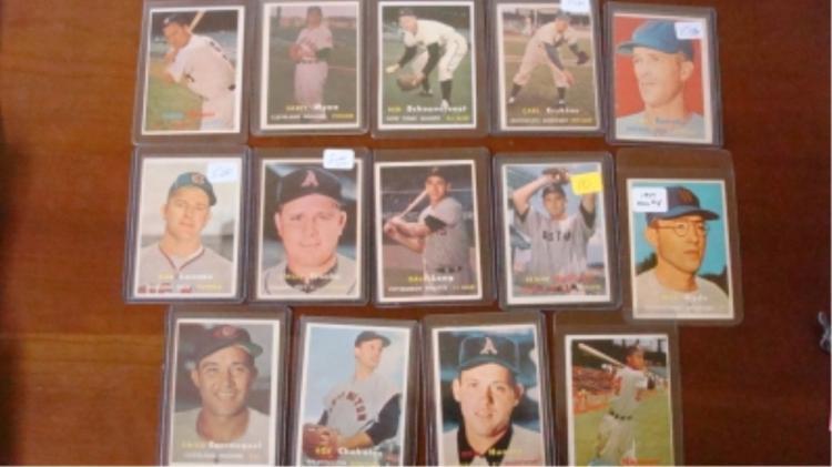 1957 TOPPS (14) Baseball Cards VG-VGEX