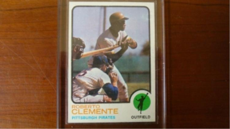 1973 TOPPS Roberto Clemente Card EX-M