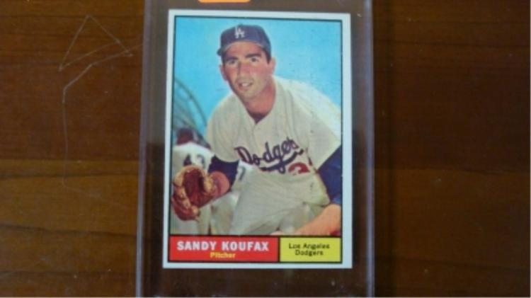 1961 TOPPS Sandy Koufax Card Sharp Corners