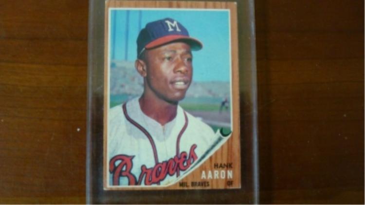 1962 TOPPS Hank Aaron Card Ex+ to EX Mint