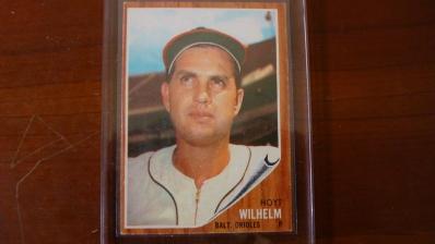 1962 TOPPS High # 545 Hoyt Wilhelm Near Mint