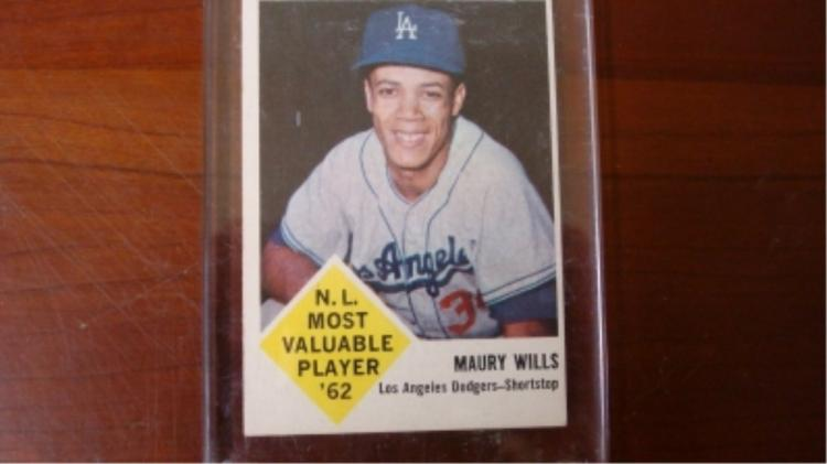 1963 Fleer Maury Wills Baseball Card